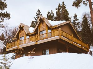 Read more about the article Roof Snow Removal